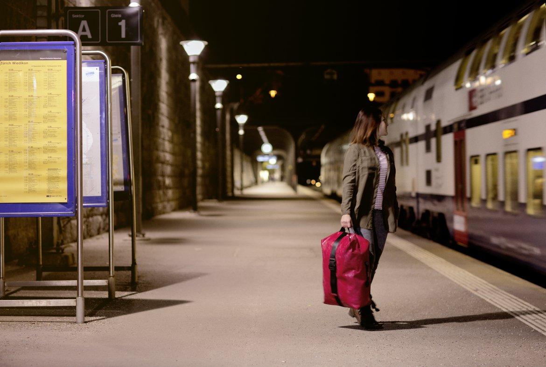 f512_voyager_train02_fleone_rgb_highres.jpg